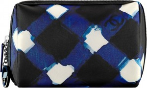 Chanel-Printed-Toile-Zipper-Pouch3