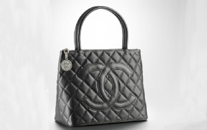 chanel-medallion-tote