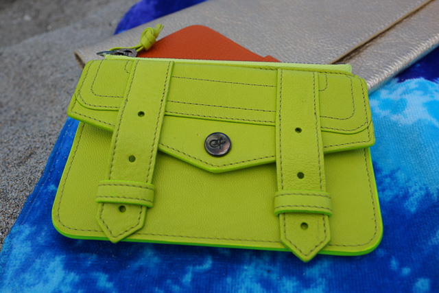 Whats in my Hermes Iphone 5s Wallet Case Replica Kelly Beach Bag-14
