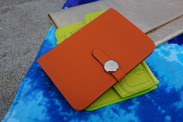 Whats in my Hermes Gusset Wallet Replica Kelly Beach Bag-15